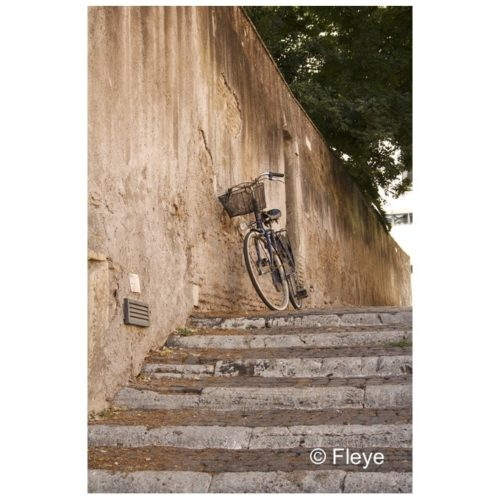 Magnifique photo Fleye d'un vélo à Rome - Fleye Photography